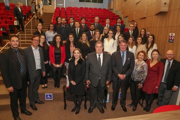 Foto Entrega de Carteiras.jpg