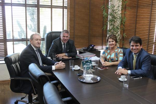 Visita Presidentes Blumenau  (1).JPG