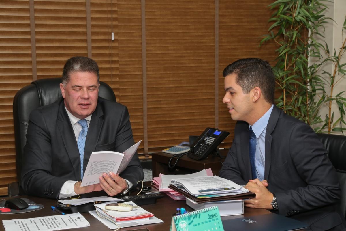 Presidente Brincas e Presidente Leandro (2).jpg